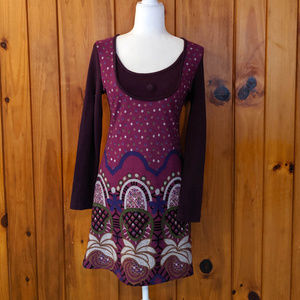 Long sleeve funky people dress Size small dots